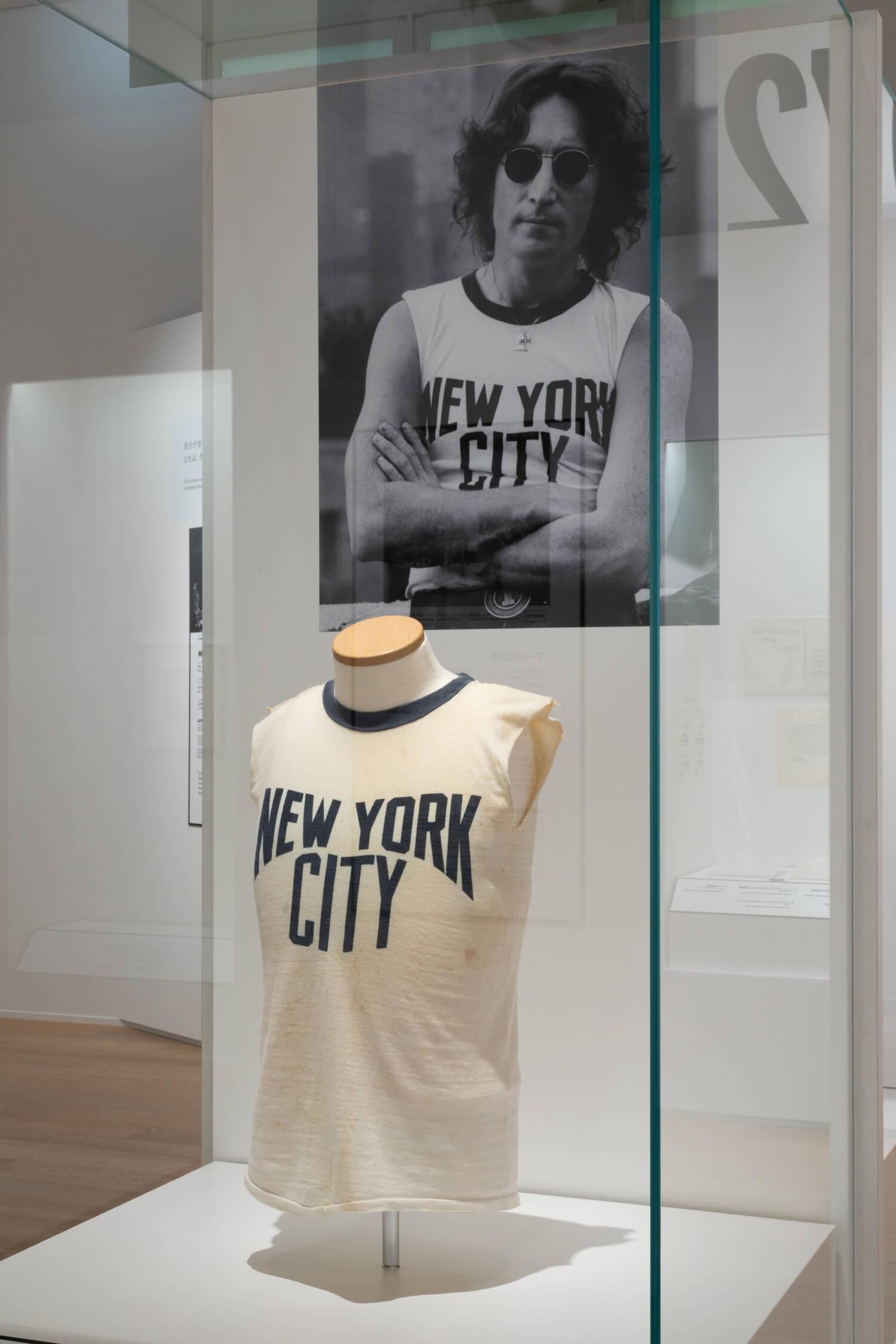 1971年 ボブ・グルーエンのポートレートで着用したNYCTシャツの実物