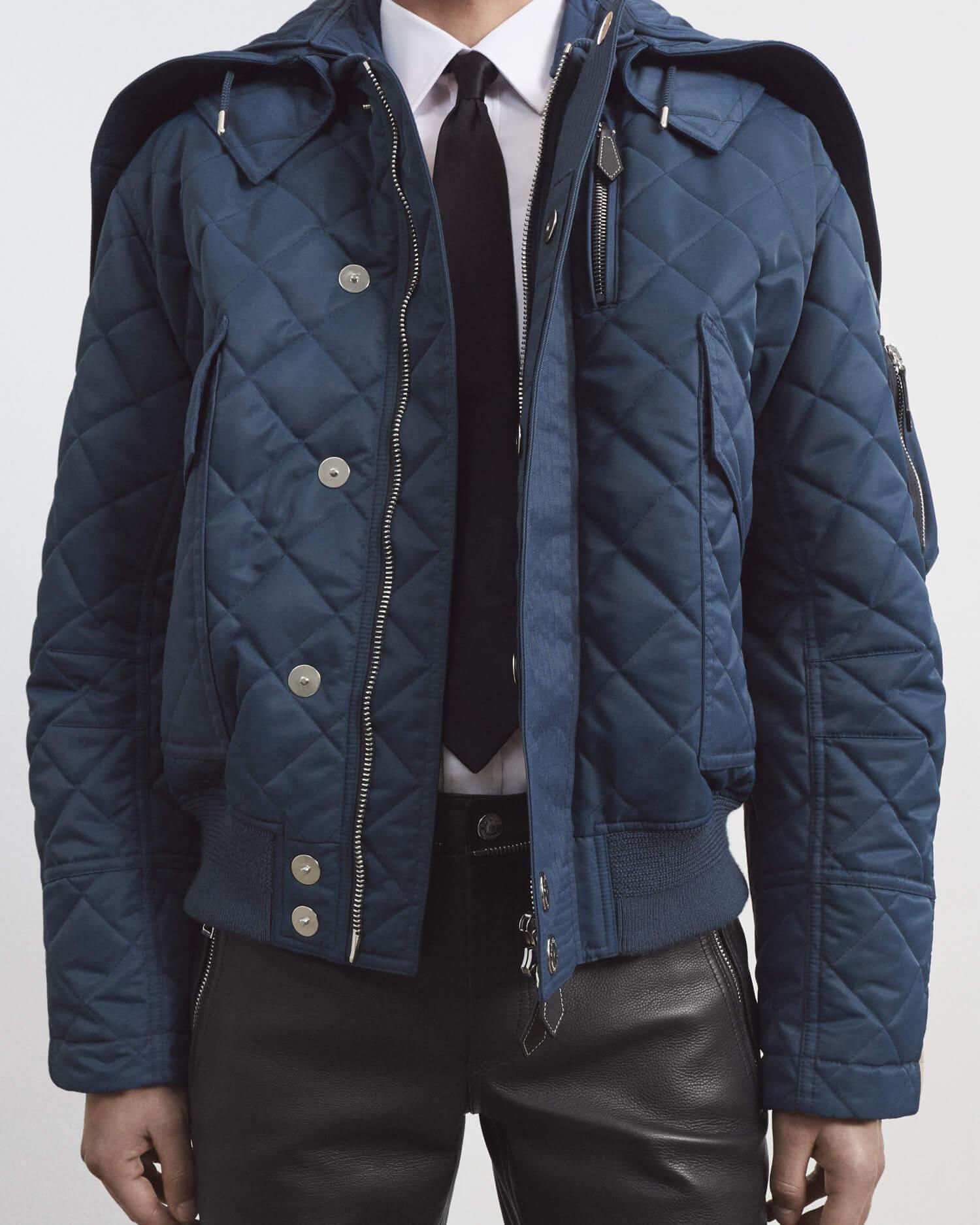 ダイアモンドキルティングナイロンのフィールドジャケット